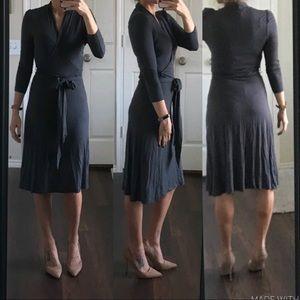 Banana Republic gray stretchy wrap dress